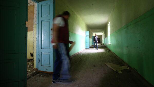 Заброшенная школа в деревне - Sputnik Беларусь