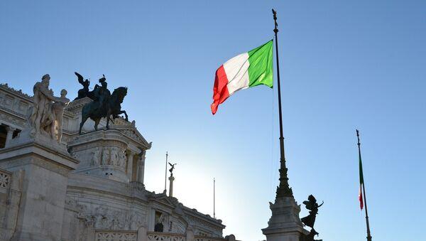 Флаг Италии в Риме - Sputnik Беларусь