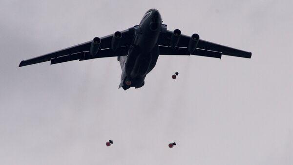 Воено-транспортный самолет ИЛ-76МД - Sputnik Беларусь