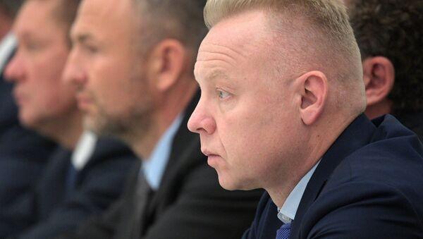 Председатель совета директоров ОХК Уралхим Дмитрий Мазепин (на первом плане) - Sputnik Беларусь