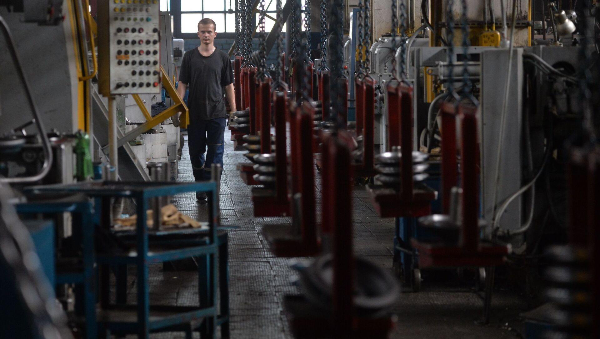 Механический цех по производству валов и шестерен для тракторов Беларус на Минском тракторном заводе - Sputnik Беларусь, 1920, 10.03.2021