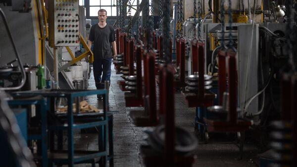 Механический цех по производству валов и шестерен для тракторов Беларус на Минском тракторном заводе - Sputnik Беларусь