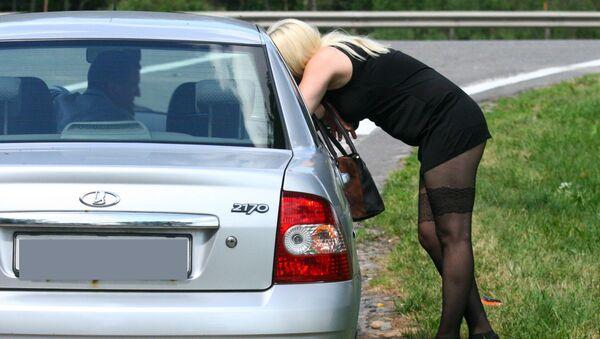 Проститутка на трассе - Sputnik Беларусь