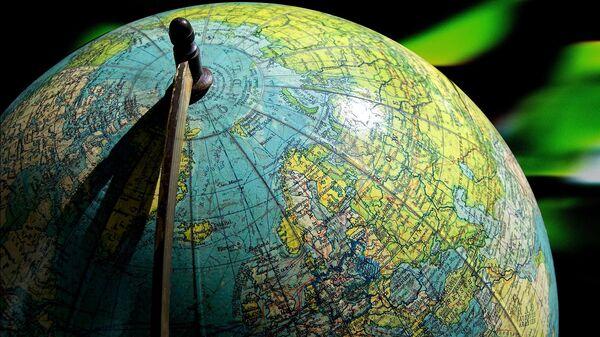 Глобус, архивное фото - Sputnik Беларусь