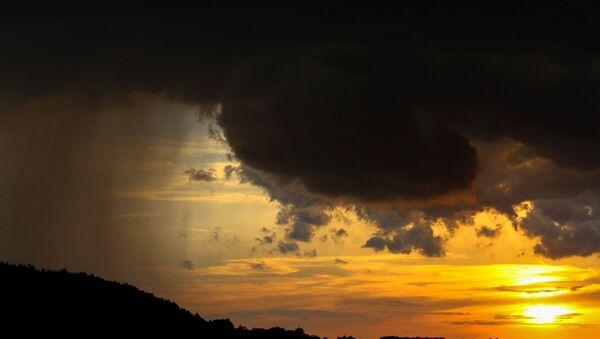 Навальнічная хмара, архіўнае фота - Sputnik Беларусь