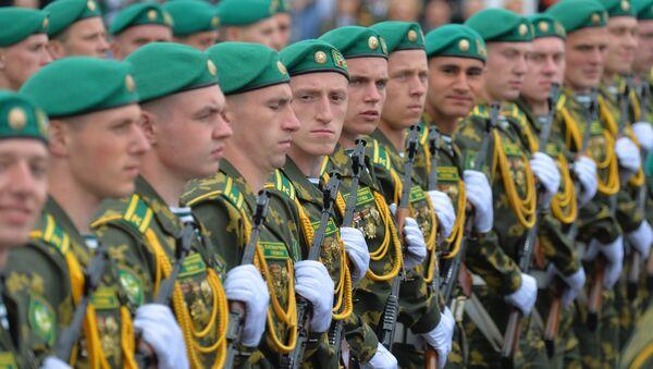 Парад на 3 ліпеня, архіўнае фота - Sputnik Беларусь