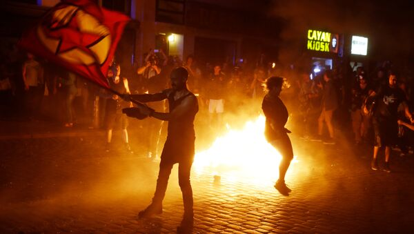 Массовые протесты накануне саммита G20 в Гамбурге - Sputnik Беларусь