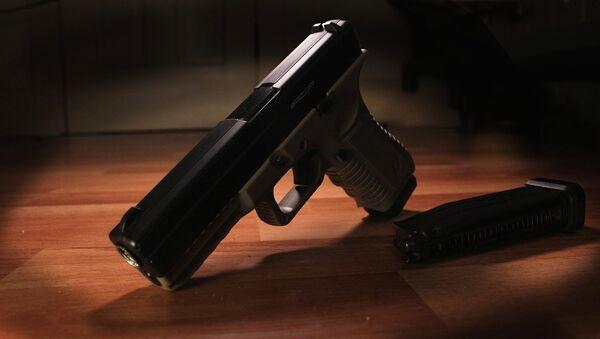 Пистолет Glock, архивное фото - Sputnik Беларусь