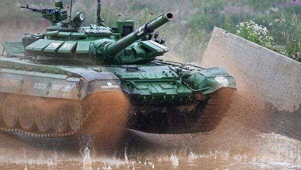 Белорусский экипаж на танковом биатлоне в Алабино - Sputnik Беларусь