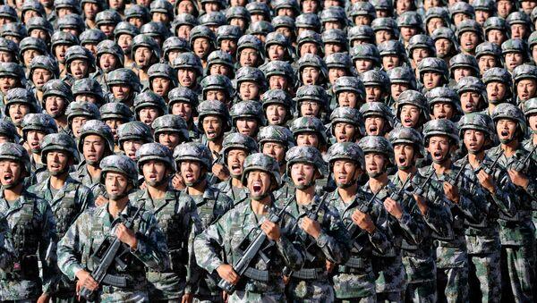 Китай празднует 90-летие создания Народно-освободительной армии - Sputnik Беларусь