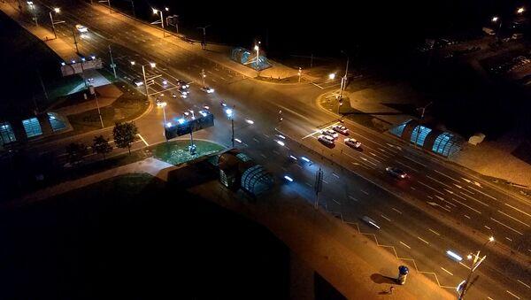 Старт группы мотоциклов ночью - Sputnik Беларусь