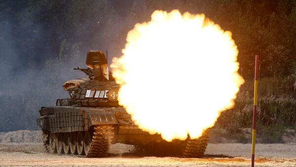 Стрельба из танка, архивное фото - Sputnik Беларусь