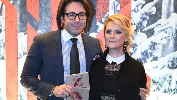 Телеведущий Андрей Малахов с супругой, издателем российской версии журнала ELLE Натальей Шкулевой - Sputnik Беларусь