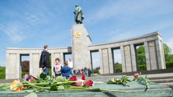 Мемориал советским воинам в Берлине, архивное фото - Sputnik Беларусь
