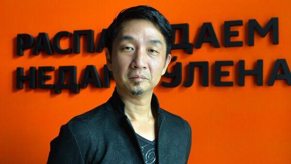 Японский композитор, мульти-инструменталист, автор музыки для компьютерных игр Акира Ямаока - Sputnik Беларусь