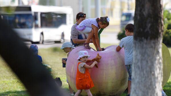 Яблочный Спас в Гомеле, архивное фото - Sputnik Беларусь