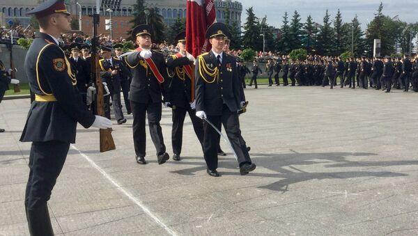 Курсанты МВД принесли присягу на площади Государственного флага - Sputnik Беларусь