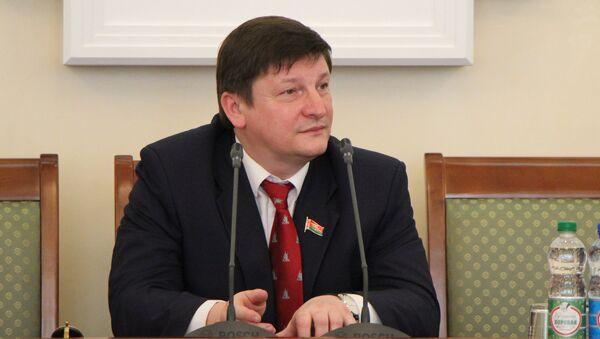 LIVE: депутат Игорь Марзалюк ― о будущем белорусского образования - Sputnik Беларусь