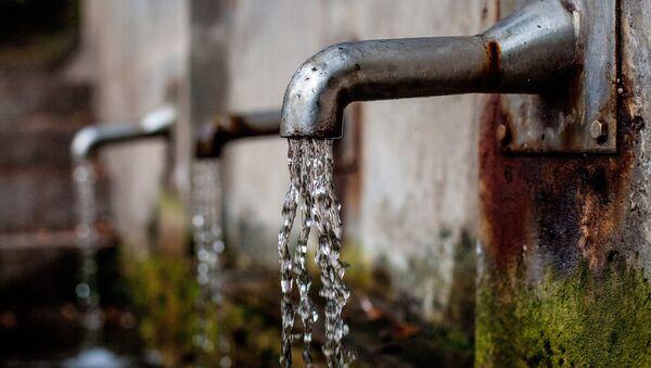 Вода льется из кранов - Sputnik Беларусь