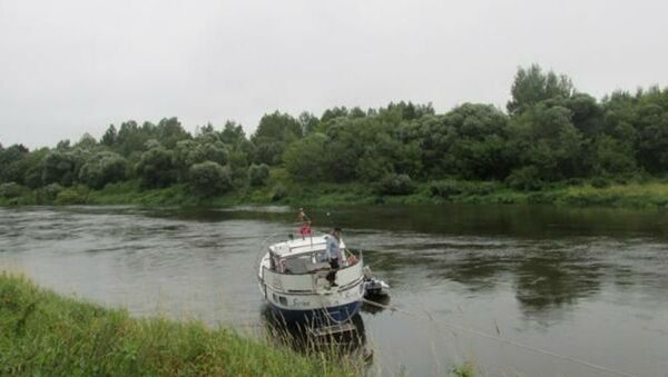 В Дубровенском районе яхта с иностранцами села на мель - Sputnik Беларусь