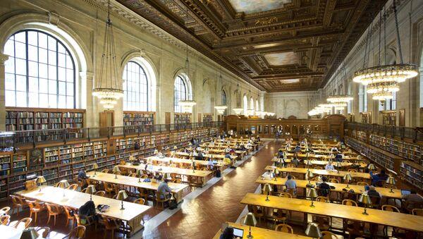 Читальный зал в библиотеке Нью-Йорка, архивное фото - Sputnik Беларусь