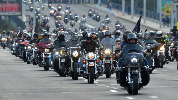 Колонна мотоциклистов, архивное фото - Sputnik Беларусь
