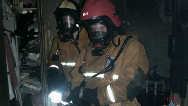 В Новополоцке спасатели ликвидировали пожар на территории Прихода Храма 5 октября - Sputnik Беларусь
