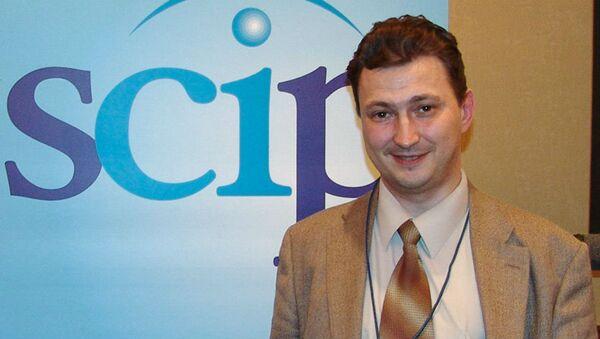 Профессор Уральского государственного экономического университета Евгений Ющук - Sputnik Беларусь