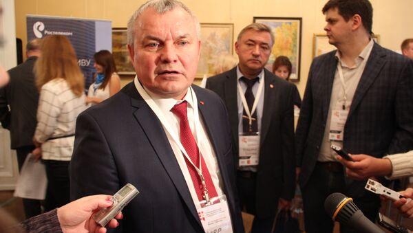 Директор МТЗ Федор Домотенко на II Межрегиональном совете по кооперации в Вологде - Sputnik Беларусь