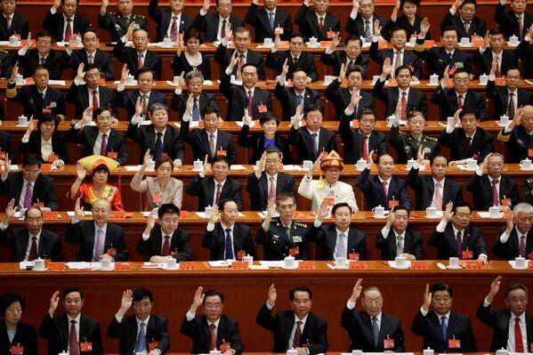 Делегаты 19-го съезда Компартии Китая - Sputnik Беларусь