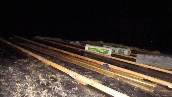 Рабочий сорвался с крыши и погиб в Узденском районе - Sputnik Беларусь