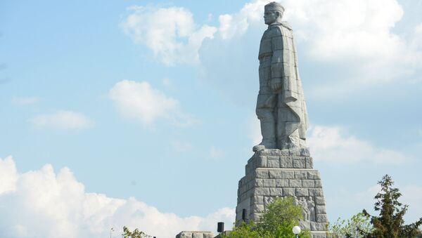 Памятник советским воинам-освободителям Алеша в Пловдиве - Sputnik Беларусь