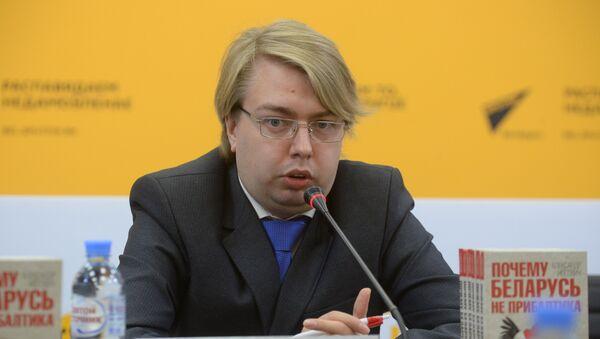 Писатель, политолог Александр Носович - Sputnik Беларусь