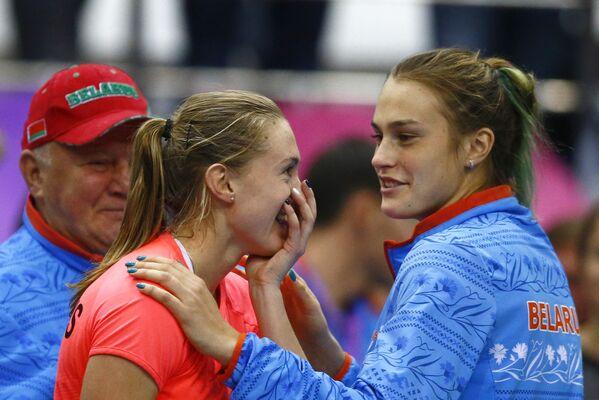 Александра Саснович с Ариной Соболенко после победы над Слоун Стивенс - Sputnik Беларусь