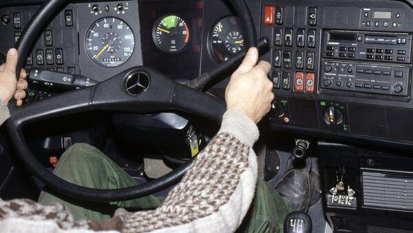 Рабочее место водителя автобуса, архивное фото - Sputnik Беларусь