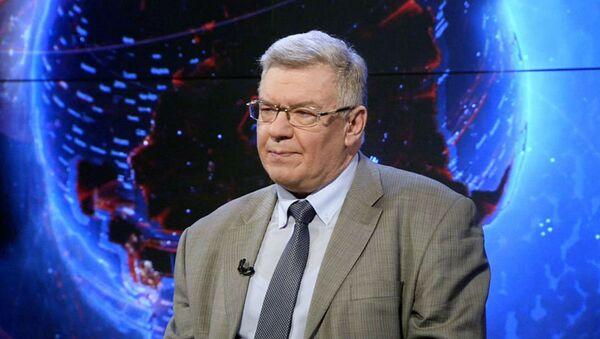 Доктор экономических наук, главный научный сотрудник Института США и Канады Владимир Васильев  - Sputnik Беларусь