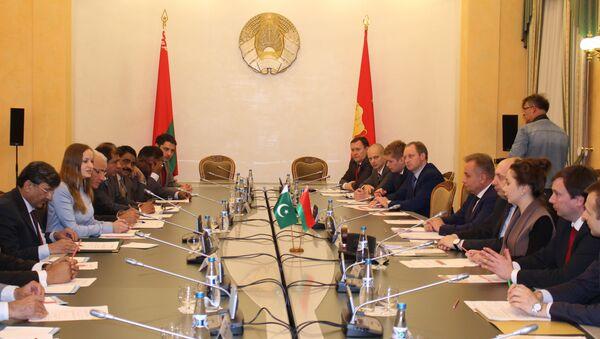 Пятое заседание совместной Белорусско-Пакистанской межправительственной комиссии по торгово-экономическому сотрудничеству - Sputnik Беларусь