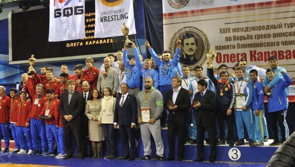 Команда Беларуси завоевала золотые медали турнира памяти олимпийского чемпиона Олега Караваева - Sputnik Беларусь