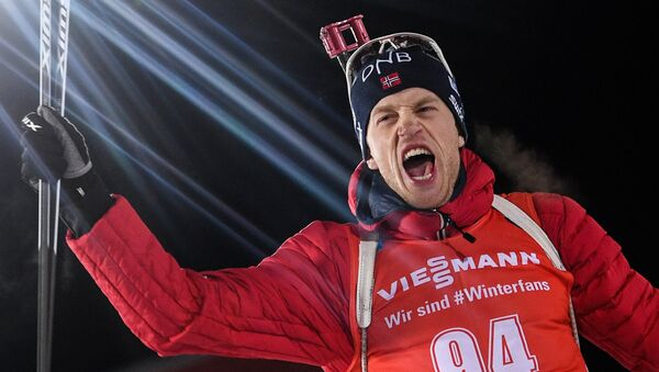 Тарьей Бё (Норвегия), занявший 1-е место в спринте среди мужчин на первом этапе Кубка мира по биатлону сезона 2017/18 - Sputnik Беларусь