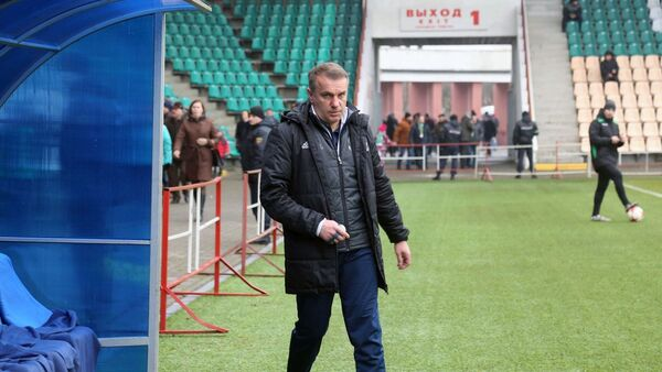 Белорусский футбольный специалист Владимир Журавель  - Sputnik Беларусь