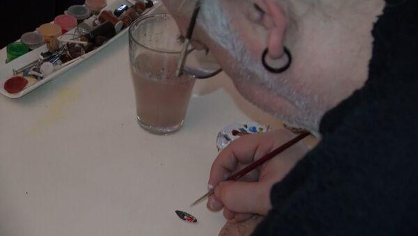 Жывапіс у мініяцюры: турэцкі мастак малюе на матылях і зернях - Sputnik Беларусь