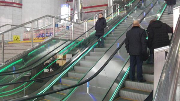 Новыя эскалатары на станцыі Мінск-Пасажырскі - Sputnik Беларусь