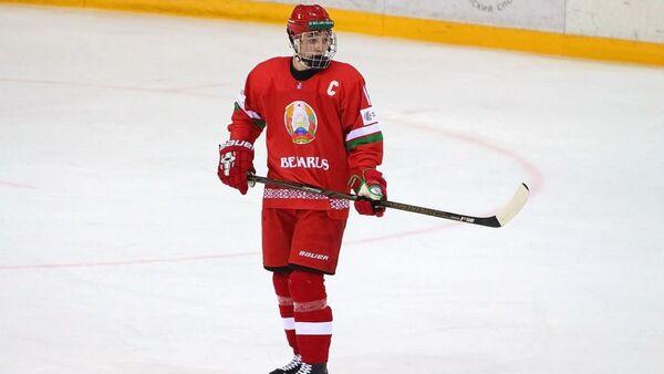 Белорусский хоккеист Артем Аносов - Sputnik Беларусь