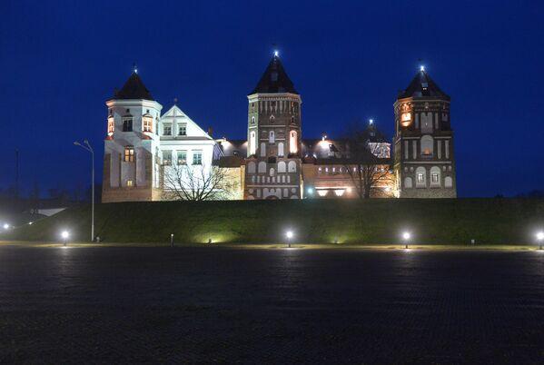 Калядны баль у Мірскім замку - Sputnik Беларусь