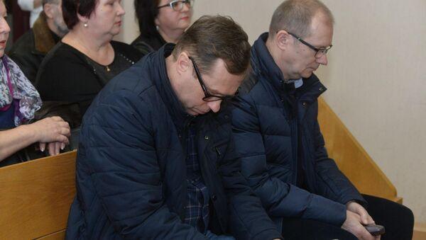 Сотрудник компании БелАВМ Леонид Горбачевский и гендиректор БелАВМ Николай Романович - Sputnik Беларусь