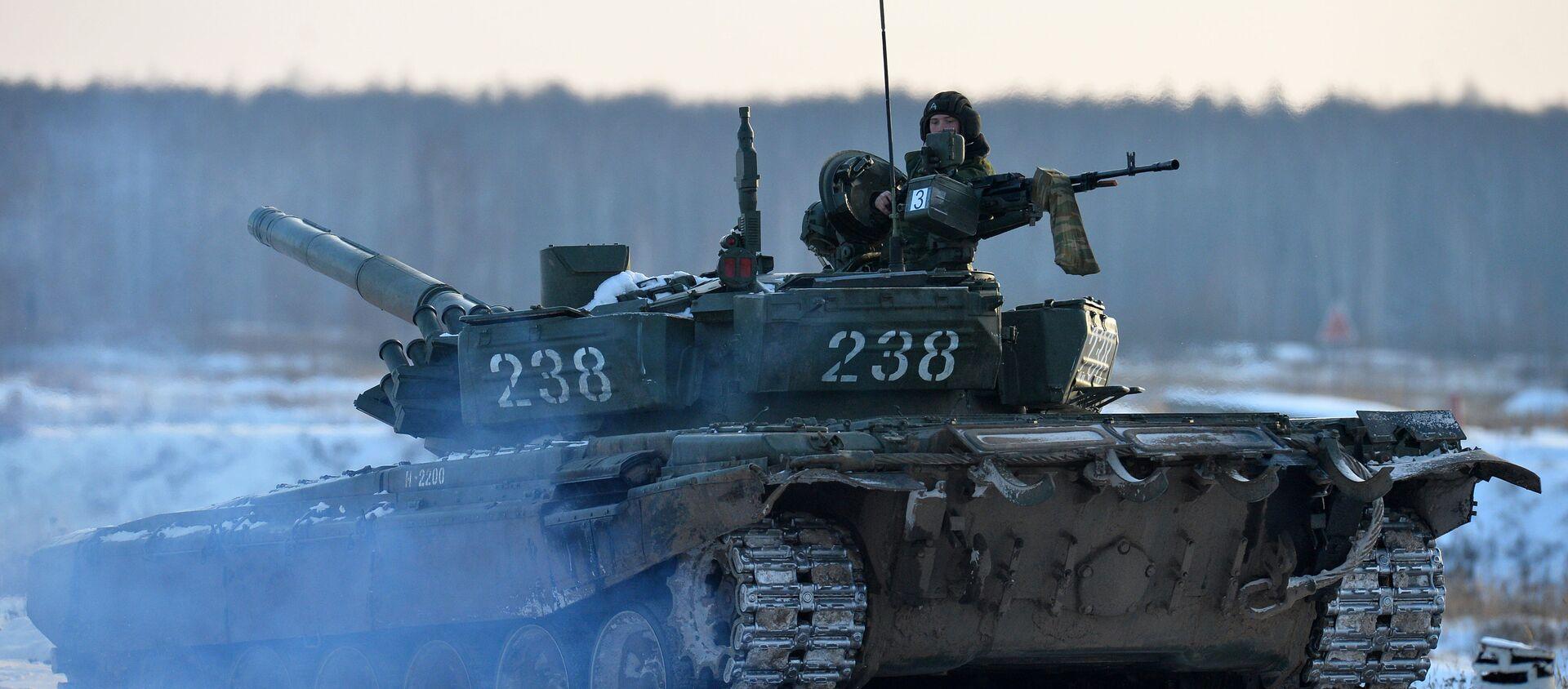 Танк Т-72, архивное фото - Sputnik Беларусь, 1920, 09.03.2021