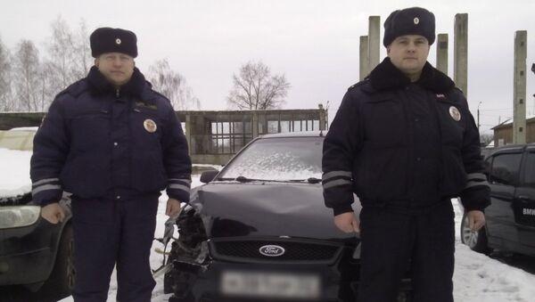В Брянской области сотрудники ГИБДД задержали нетрезвого водителя - Sputnik Беларусь