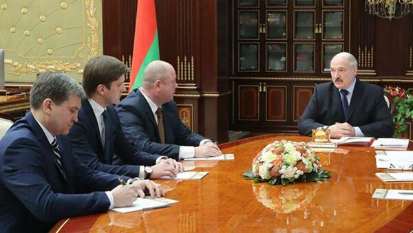 Президент Беларуси Александр Лукашенко назначил новых руководителей Белтелерадиокомпании, СТВ и СБ - Sputnik Беларусь