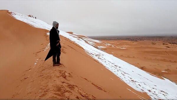 Снег у пустыні Сахара - Sputnik Беларусь