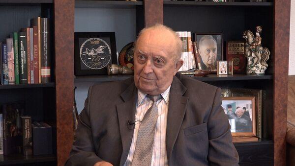 Экс-премьер-министр Беларуси Вячеслав Кебич - Sputnik Беларусь